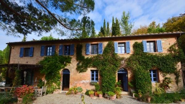 Vendita fienili case coloniche casali rustici toscani in for Disegni casa colonica