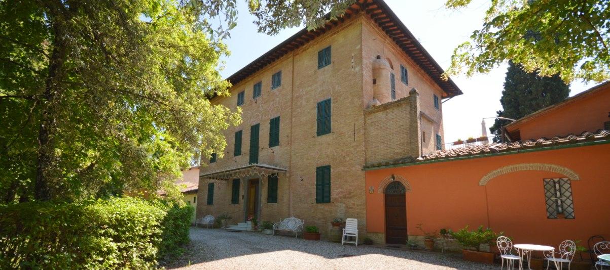 Vendita Appartamento in città in Città RIF:1882 - Agenzia Immobiliare Betti Poggibonsi Siena Toscana (1)