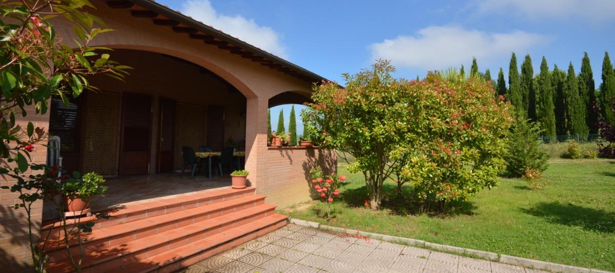 Vendita Villa in Città RIF:1883 - Agenzia Immobiliare Betti Poggibonsi Siena Toscana (2)