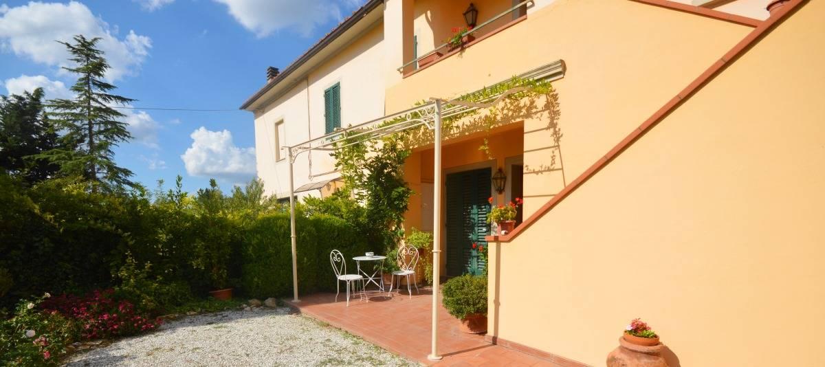Vendita Appartamento in casale o porzione Campagna Fiorentina RIF:2132 - Agenzia Immobiliare Betti Poggibonsi Siena Toscana (2)