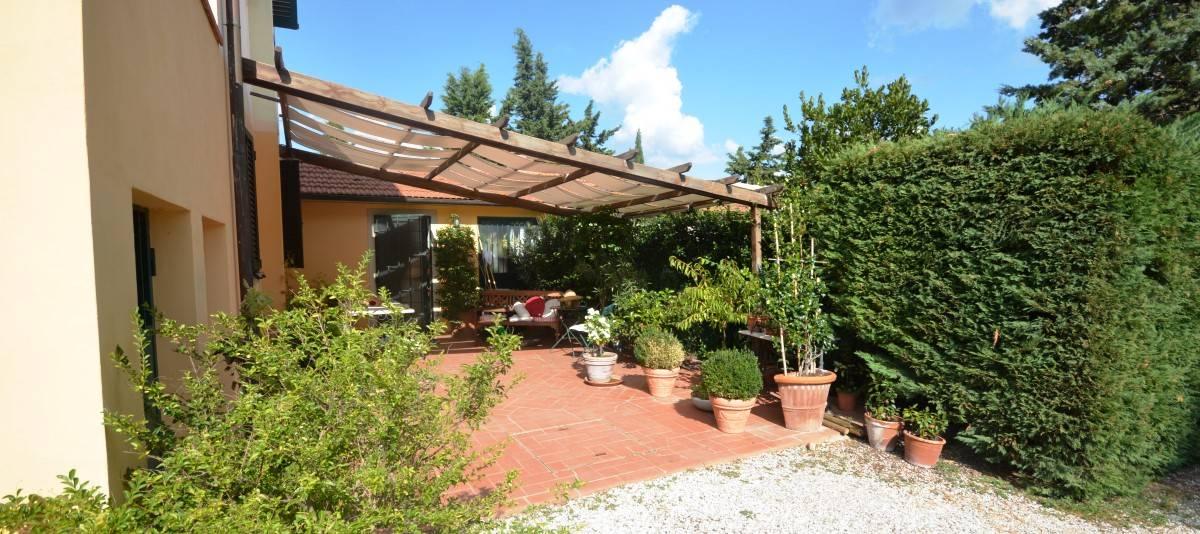 Vendita Appartamento in casale o porzione Campagna Fiorentina RIF:2132 - Agenzia Immobiliare Betti Poggibonsi Siena Toscana (3)