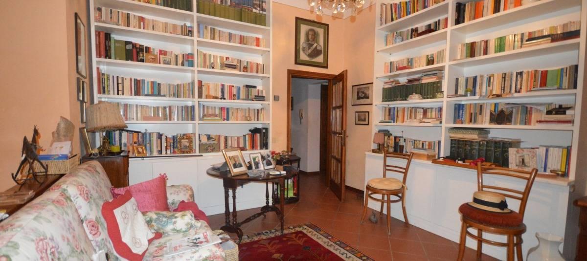Vendita Appartamento in casale o porzione Campagna Fiorentina RIF:2132 - Agenzia Immobiliare Betti Poggibonsi Siena Toscana (10)