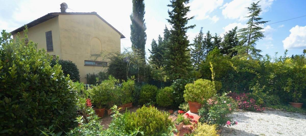 Vendita Appartamento in casale o porzione Campagna Fiorentina RIF:2132 - Agenzia Immobiliare Betti Poggibonsi Siena Toscana (12)