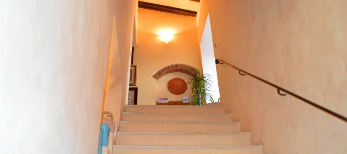 Vendita Appartamento in città in Città RIF:2183 - Agenzia Immobiliare Betti Poggibonsi Siena Toscana (1)