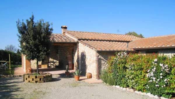 Vendita Fienile in Campagna Senese - Betti Immobiliare Toscana Rif 951